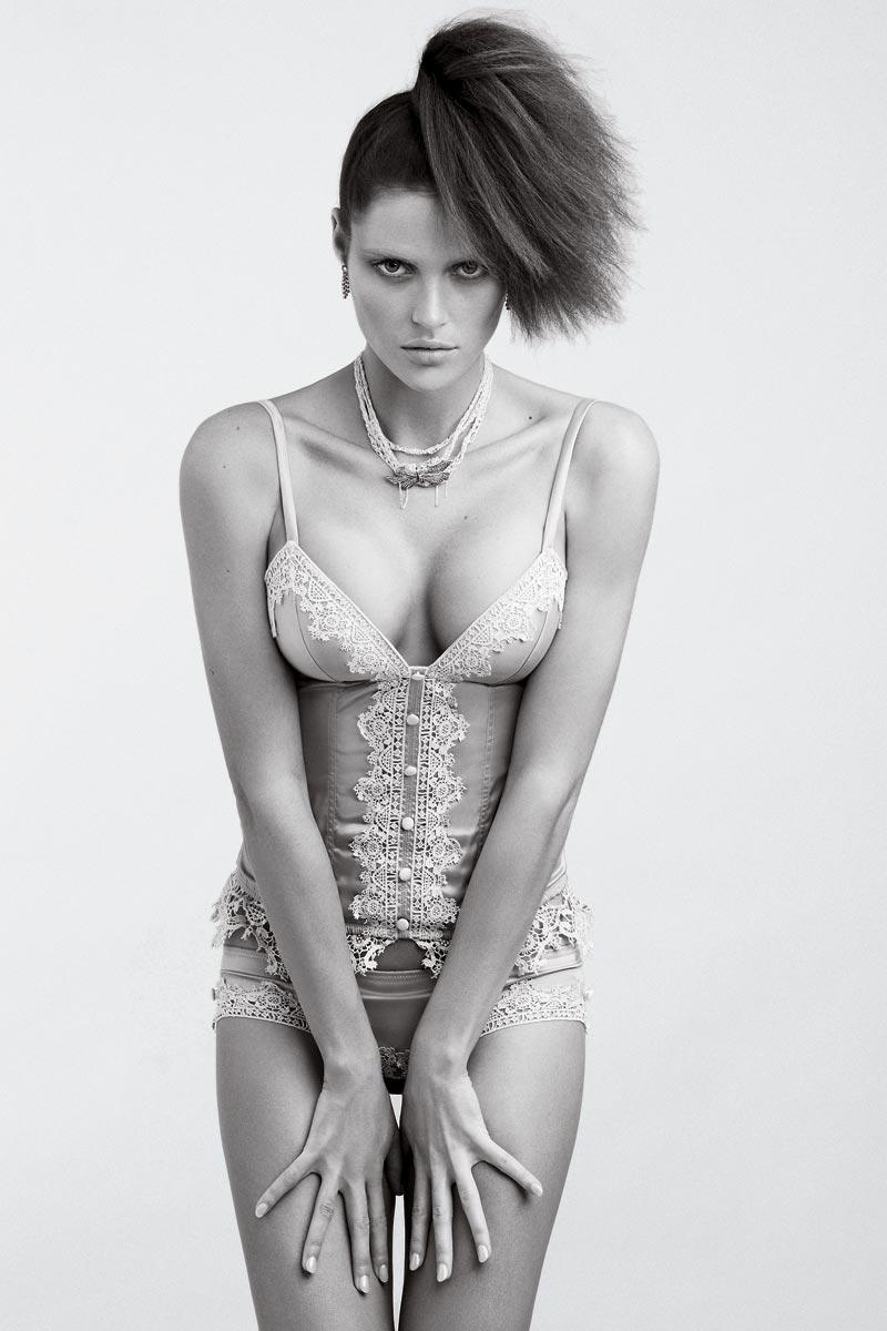 Zoe-Duchesne-19