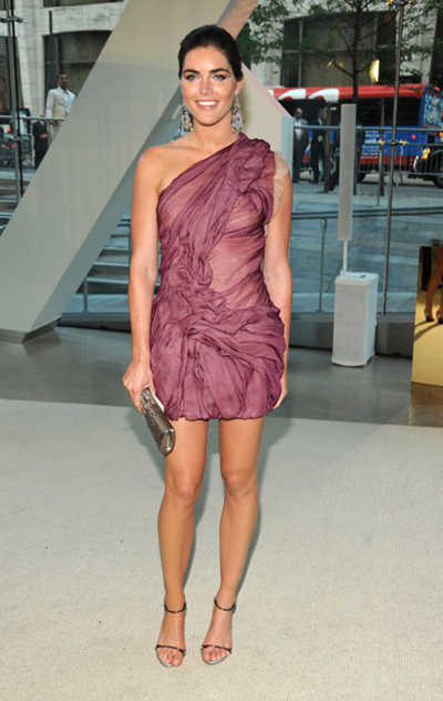 Hilary Rhoda  attends the 2009 CFDA Fashion Awards at Alice Tull