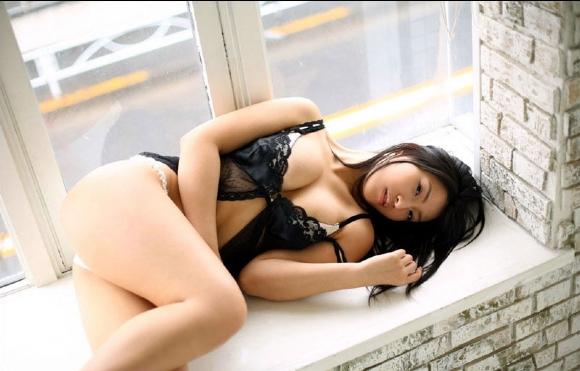 Nina_Minami_16
