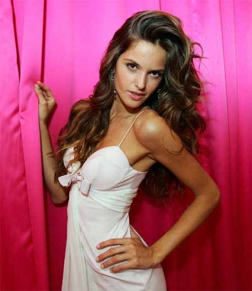 500full-izabel-goulart