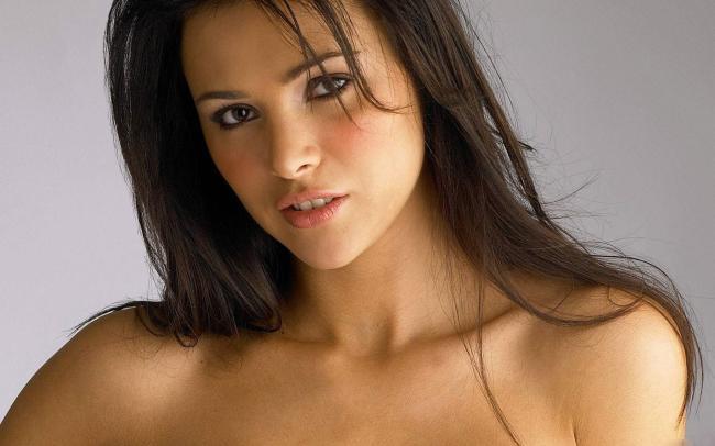 Hot Pics of Amazingly Beautiful Sexy Ladies