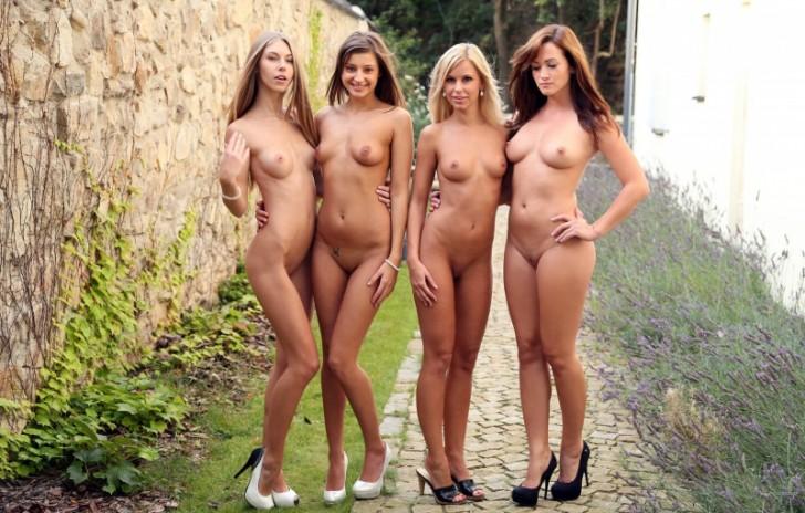 Hot_Sexy_Ladies_1