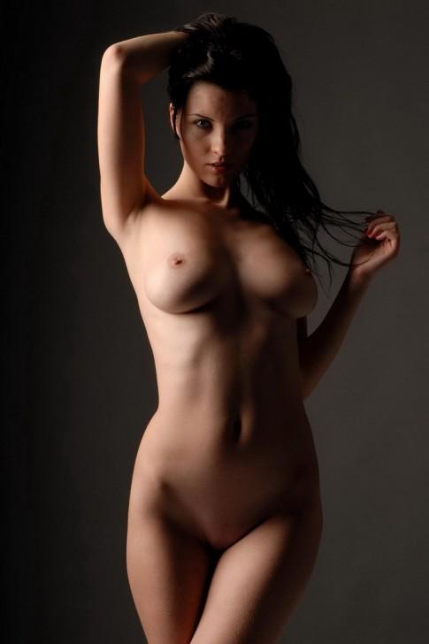 Hot_Model_5