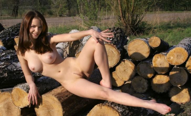 Hot_Chika_16