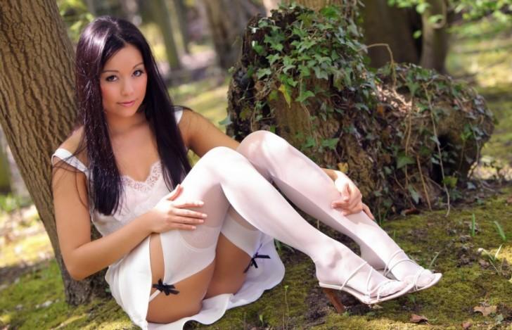 Hot_Model_3