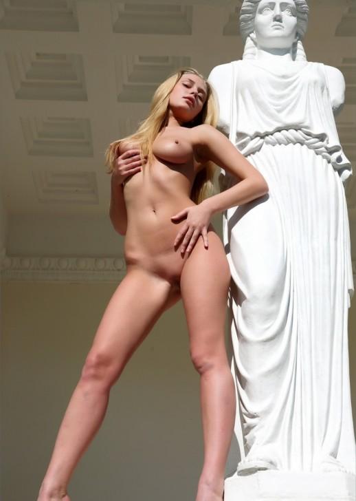 Hot_Woman_4