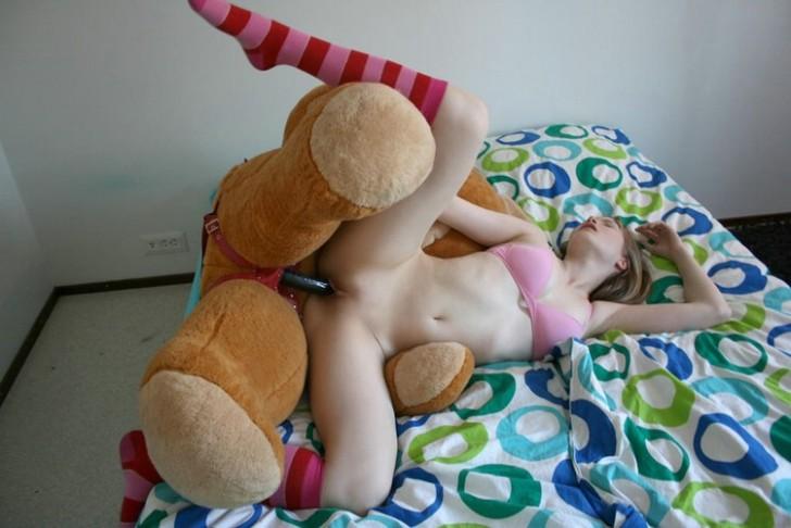 бесплатно фото игрушки секс