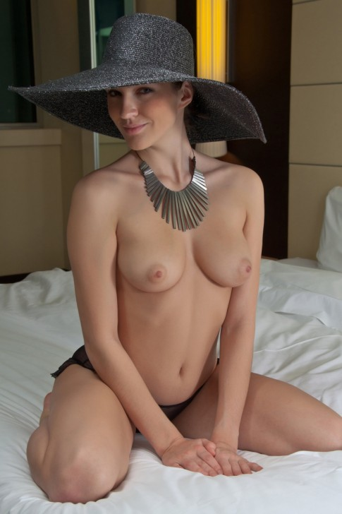 Hot_Wife_1