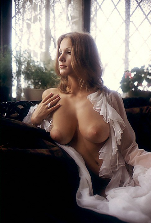 Hot_Wife_12
