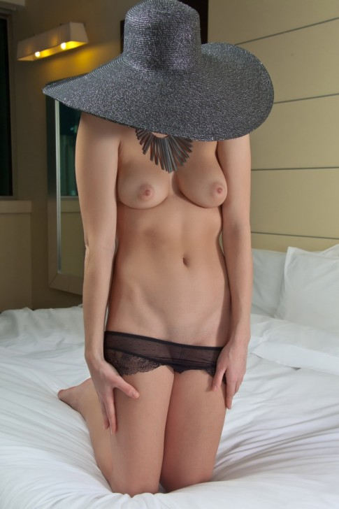 Hot_Wife_5