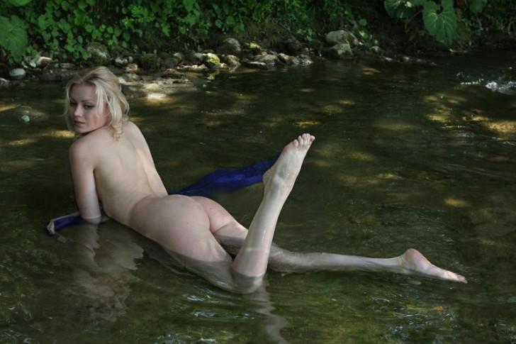 Hot_Woman_11