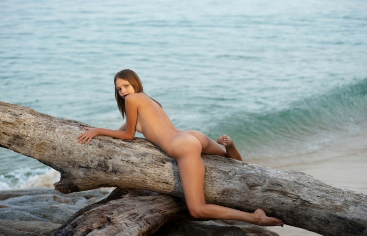 Sexy_Hot_Lady_3