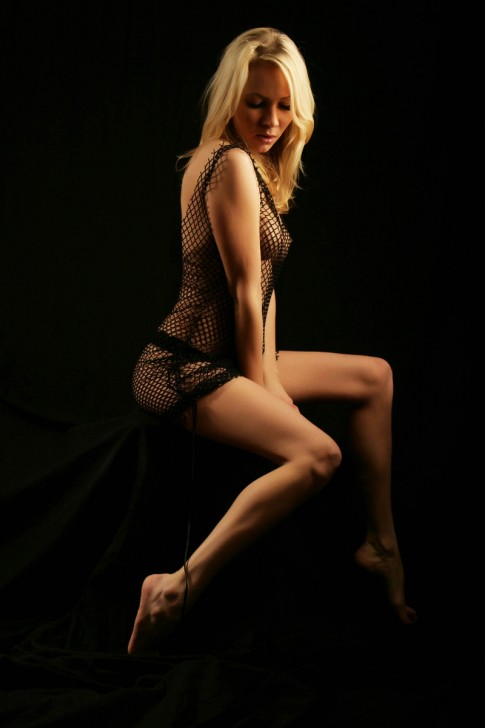Sexy_Hot_Lady_1