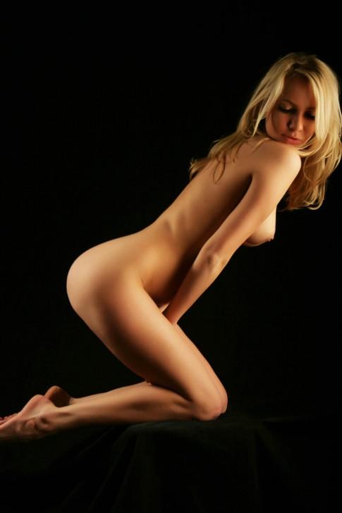 Sexy_Hot_Lady_12