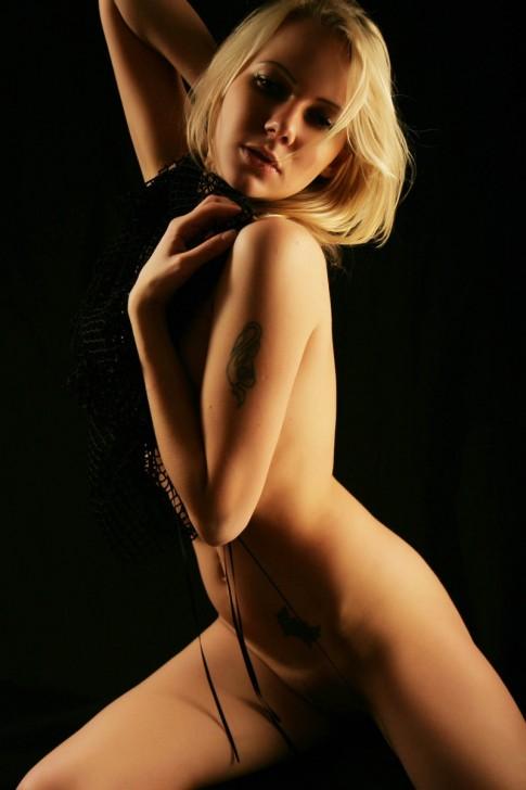 Sexy_Hot_Lady_18