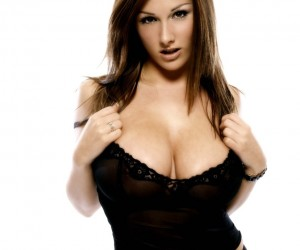 lucy-pinder-8