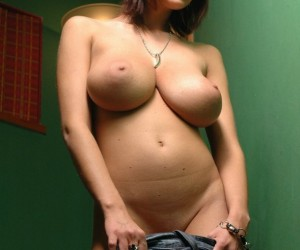 Hot_Chica_11
